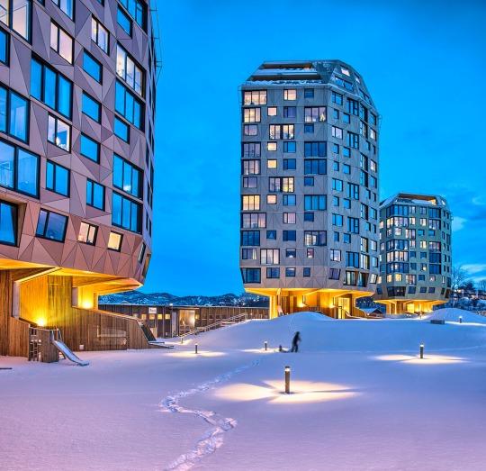 """Helen & Hard, stanogradnja """"Tre Taarn"""", Sandnes (Norveška); foto:  © Sindre Ellingsen"""