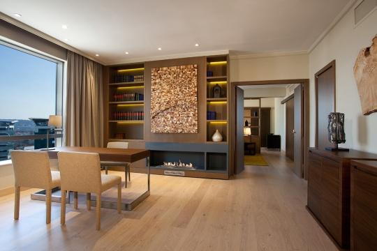 Predsednički apartman - radna soba; foto: