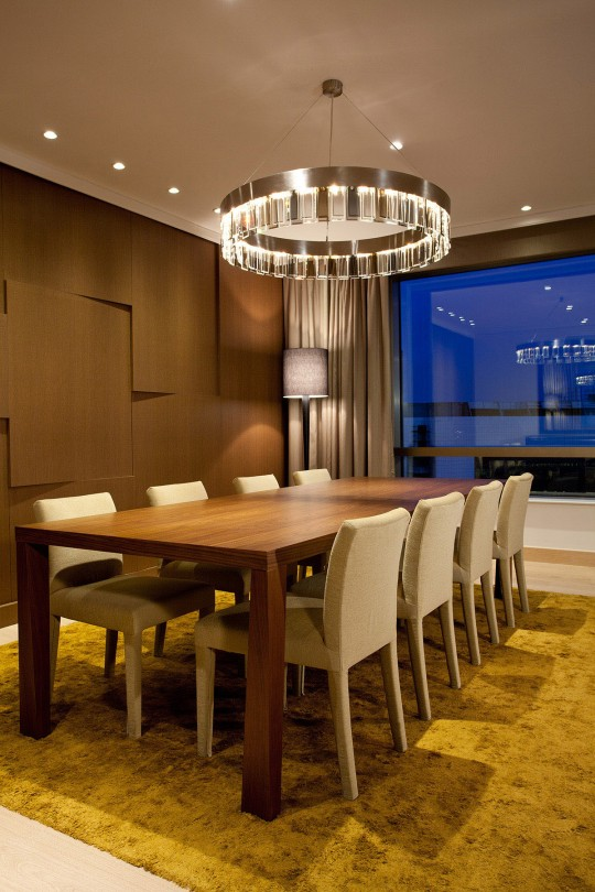 Predsednički apartman - sto za ručavanje; foto: