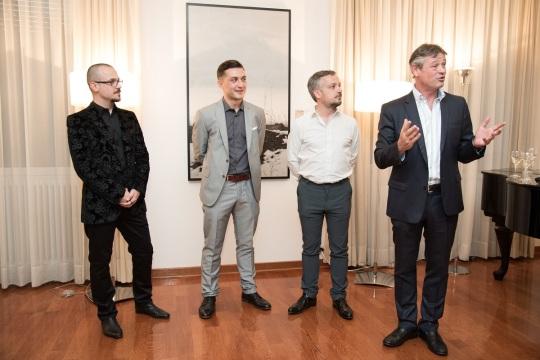 Umetnici, kustos i Nj.E. ambasador Švajcarske