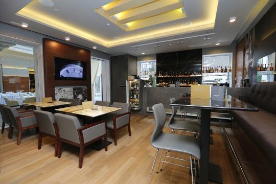 Ze-presso Aperitiv Bar; foto: Zepter Hotel