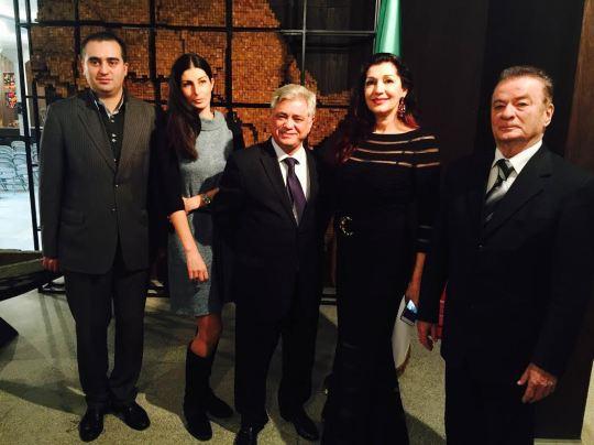 foto: Marko Jelić, predsednik Društva prijatelja Alžira; Marija Aleksić, direktorka MAU; Nj.E. Abdelhamid Chebchoub, ambasador Alžira; Jadranka Jovanović; Nikola Rackov; foto: MAU